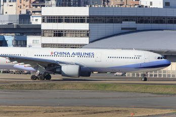 B-18301 - China Airlines Airbus A330-300