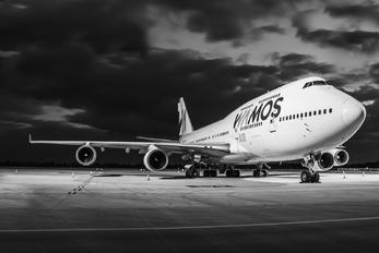 EC-LNA - Wamos Air Boeing 747-400