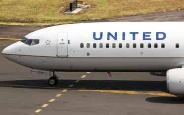 N33286 - Continental Airlines Boeing 737-800