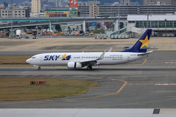 JA737Y - Skymark Airlines Boeing 737-800