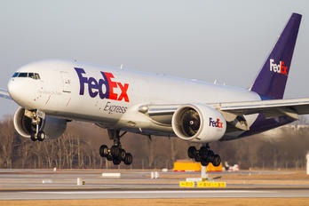 N853FD - FedEx Federal Express Boeing 777F