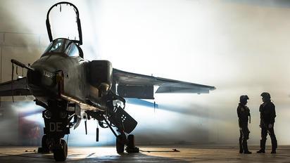 XX818 - Royal Air Force Sepecat Jaguar GR.3