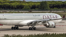 A7-AEC - Qatar Airways Airbus A330-300 aircraft