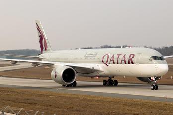 A7-ALH - Qatar Airways Airbus A350-900