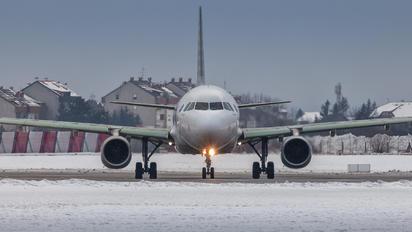 A7-AHL - Qatar Airways Airbus A320
