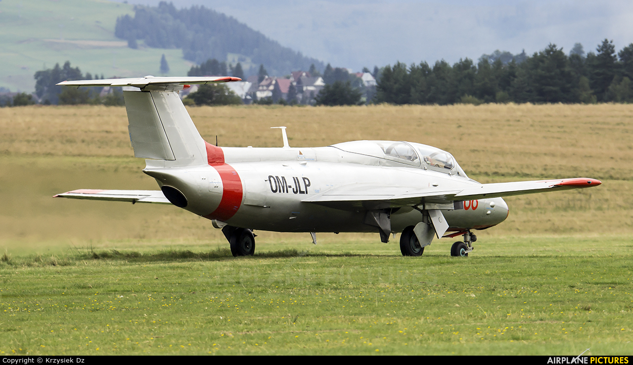 Private OM-JLP aircraft at Nowy Targ