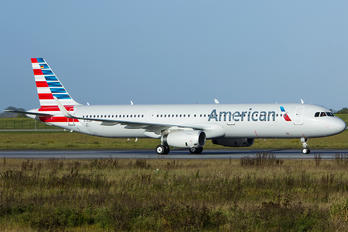 N149AN - American Airlines Airbus A321