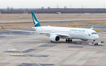 B-LRJ - Cathay Pacific Airbus A350-900