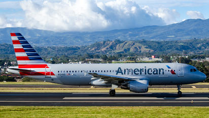 N124US - American Airlines Airbus A320