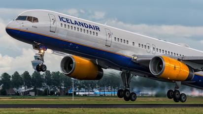 TF-ISK - Icelandair Boeing 757-200WL