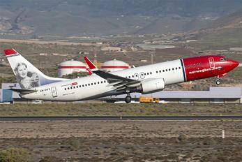 LN-DYT - Norwegian Air Shuttle Boeing 737-800