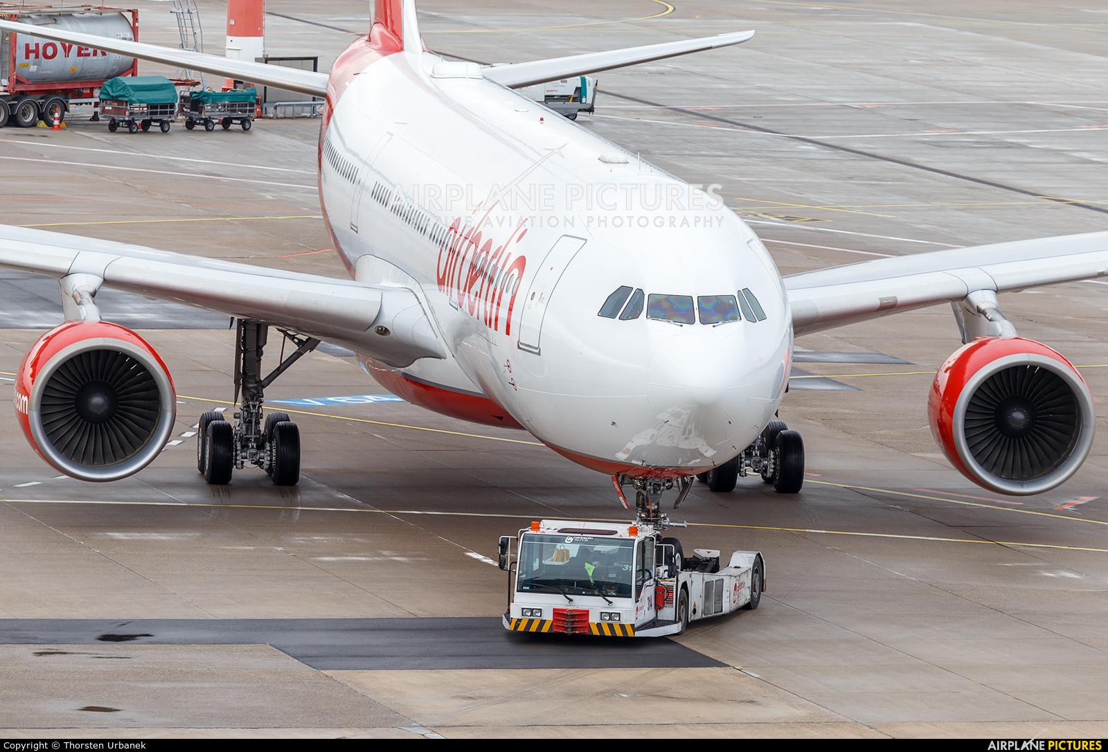 Air Berlin D-ALPA aircraft at Düsseldorf