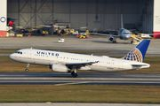 N426UA - United Airlines Airbus A320 aircraft