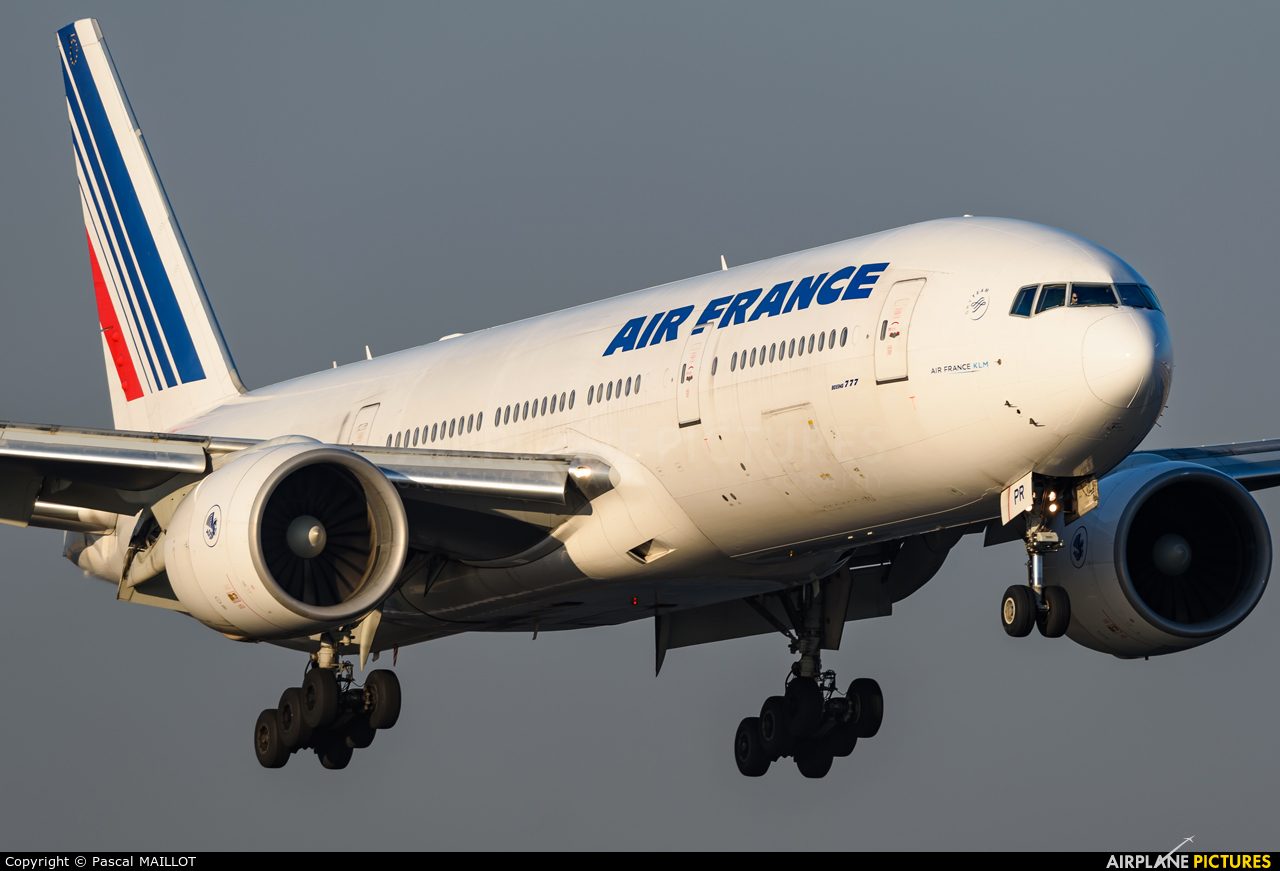 Air France F-GSPR aircraft at Paris - Charles de Gaulle