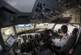 EI-EKX - Ryanair Boeing 737-800