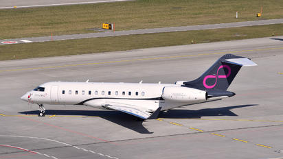 N988ZJ - Zetta Jet Bombardier BD-700 Global Express
