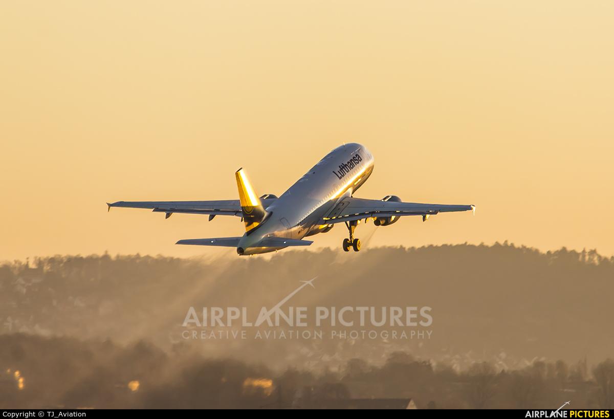 Lufthansa D-AILT aircraft at Stuttgart