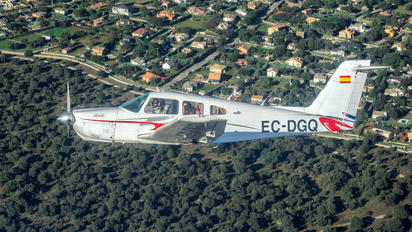 EC-DGQ - Club de vuelo TAS Piper PA-28 Arrow
