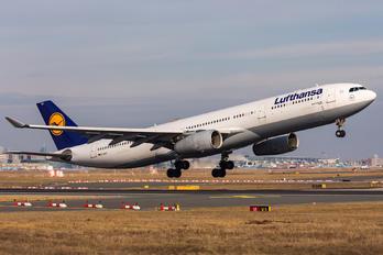 D-AIKC - Lufthansa Airbus A330-300