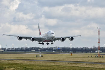 A6-EOW - Emirates Airlines Airbus A380