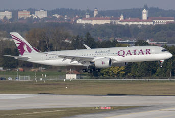 A7-ALF - Qatar Airways Airbus A350-900