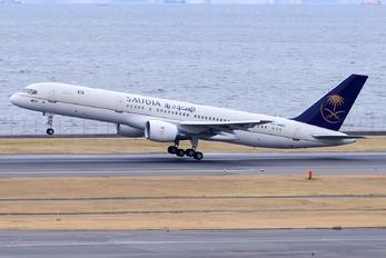 HZ-HMED - Saudi Arabia - Government Boeing 757-200