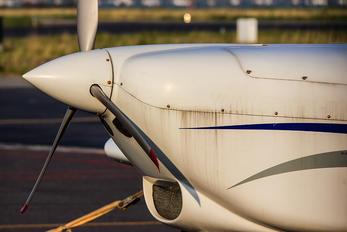 F-GURG - Private Aero AT-3 R100