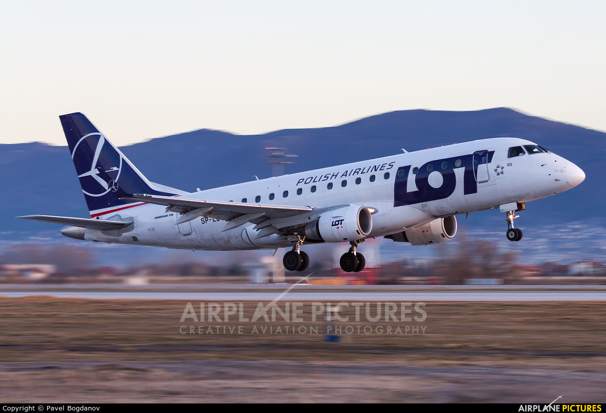LOT - Polish Airlines SP-LDG aircraft at Sofia