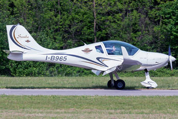 I-B965 - Private Urban Air UFM-10 Samba