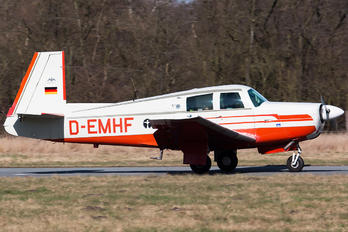 D-EMHF - Private Mooney M20E Super 21