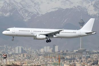 UR-CPY - Zagros Air Airbus A321