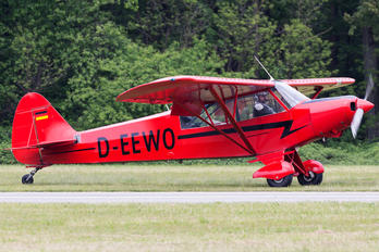D-EEWO - Private Piper PA-18 Super Cub