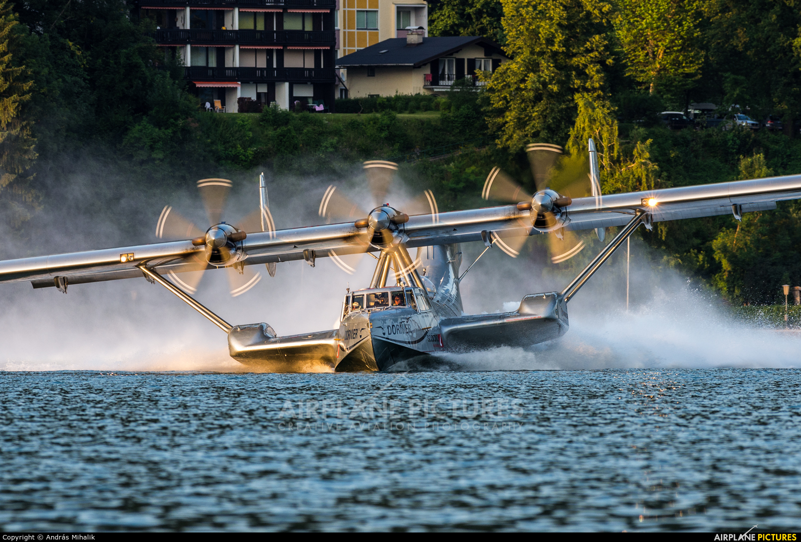 Private D-CIDO aircraft at Lake Wolfgang