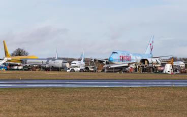 F-HLOV - Corsair / Corsair Intl Boeing 747-400