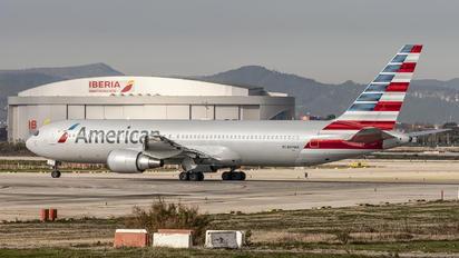 N374AA - American Airlines Boeing 767-300ER