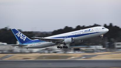 JA613A - ANA - All Nippon Airways Boeing 767-300