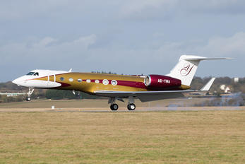 A6-YMA - Private Gulfstream Aerospace G-V, G-V-SP, G500, G550