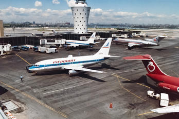 N747N - Piedmont Airlines Boeing 737-200
