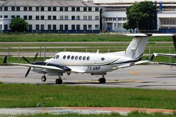 PR-UNP - Private Beechcraft 300 King Air 350