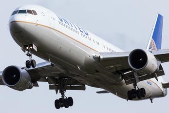 N659UA - United Airlines Boeing 767-300ER