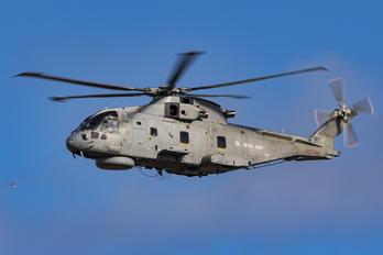 ZH827 - Royal Navy Agusta Westland AW101 111 Merlin HM.1