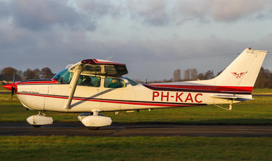 PH-KAC - KLM Aeroclub Cessna 172 Skyhawk (all models except RG)