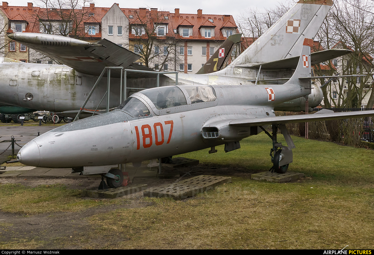 Poland - Air Force 1807 aircraft at Kołobrzeg - Museum of Polish Arms