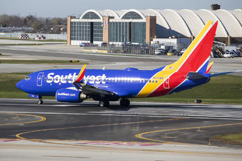 N935WN - Southwest Airlines Boeing 737-700