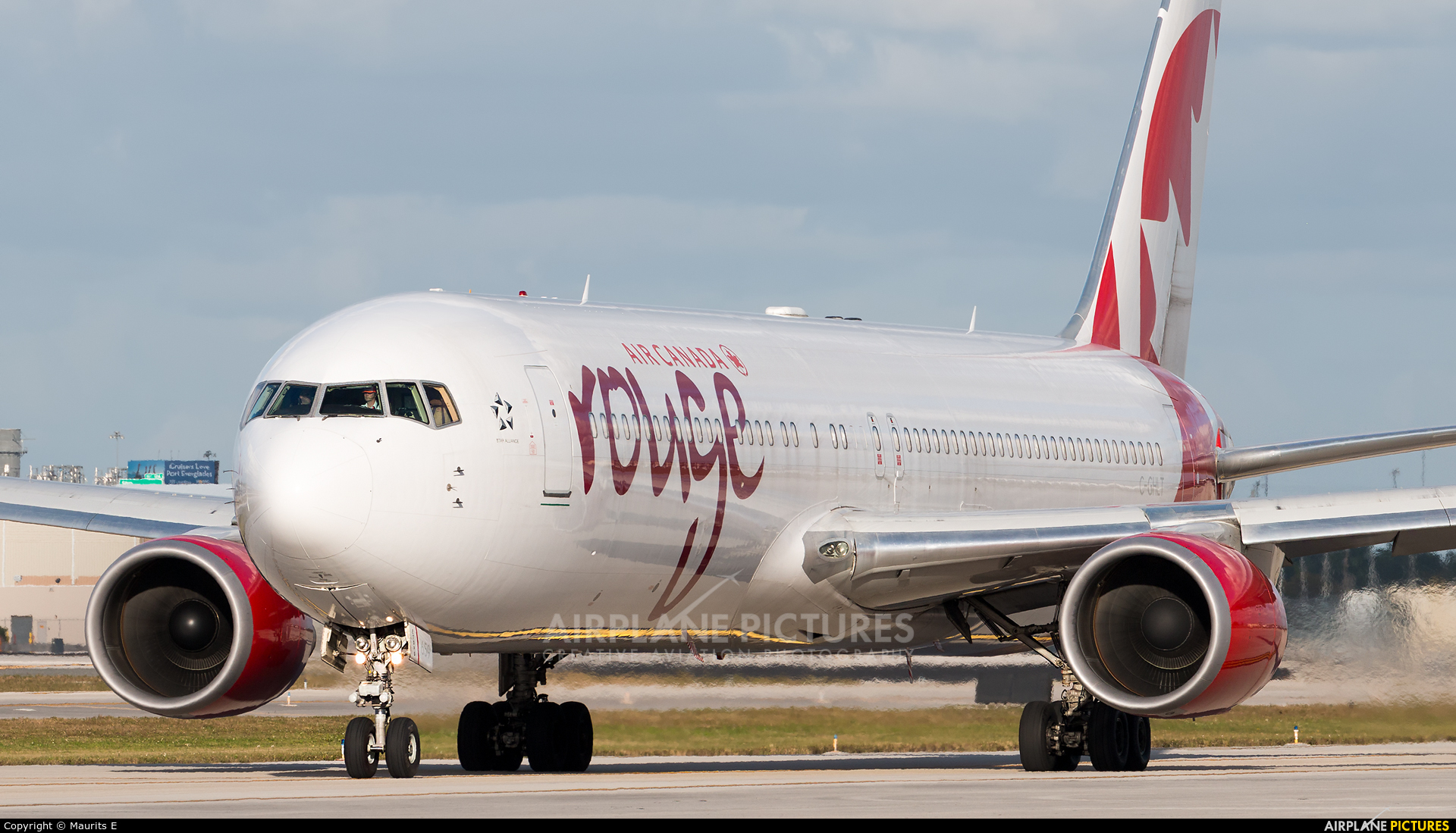 Air Canada Rouge C-GHLT aircraft at Fort Lauderdale - Hollywood Intl