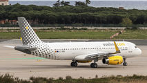 EC-MER - Vueling Airlines Airbus A320 aircraft