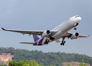 HS-TEN - Thai Airways Airbus A330-300