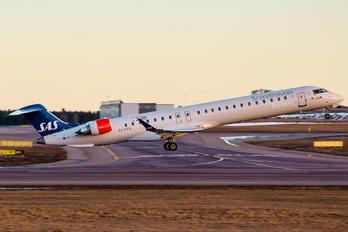EI-FPK - SAS - Scandinavian Airlines Canadair CL-600 CRJ-900