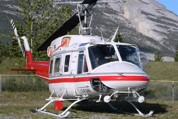 C-FAHK - Alpine Helicopters Canada Bell 212