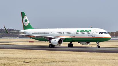 B-16211 - Eva Air Airbus A321